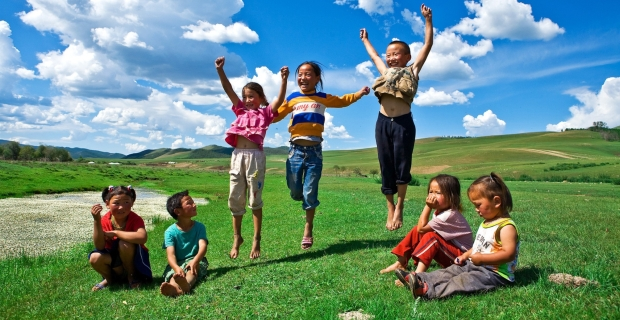 Kinder in der Mongolei